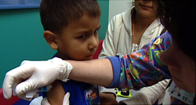 Flu Shots for Kids Protect Everybody, Study Shows