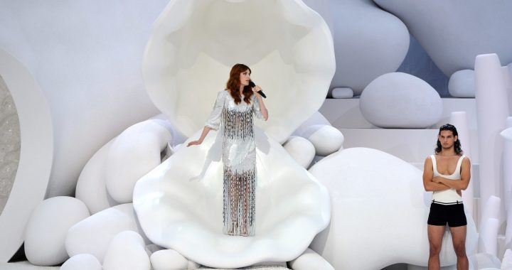 Great Outfits in Fashion History: Florence Welch as a Chanel Mermaid